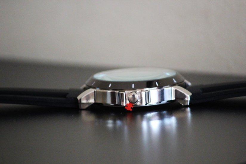 GoldenEye 007 Watch 002