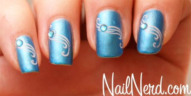 Great Blue Nail Art With Pink Color Shade