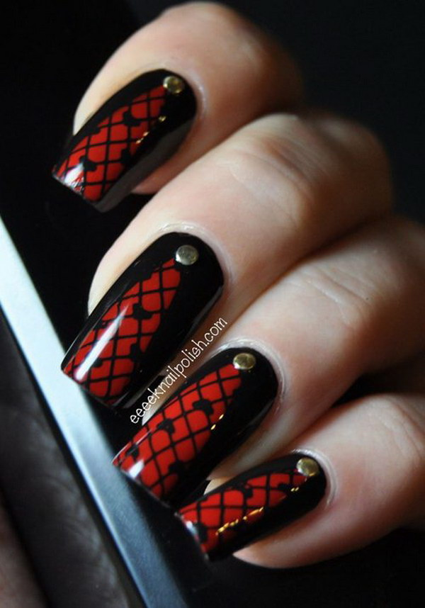Great Red And Black Nails With Heart Design
