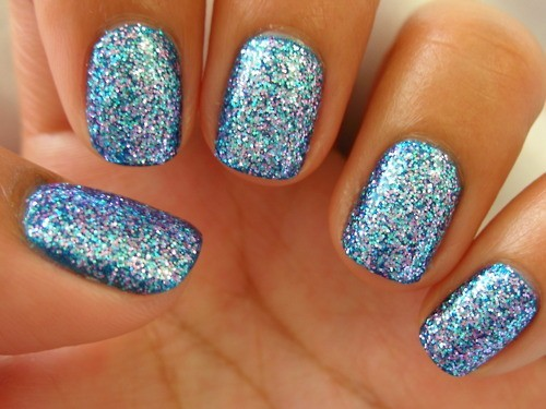 Incredible Blue Color Paint Acrylic Short Nail Design