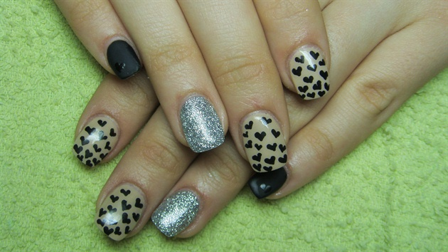 Incredible Black And Beige Nail Art With Cute Little Heart Design Black And Beige Nails