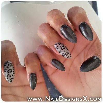 Incredible Stiletto Nails With Leopard Design