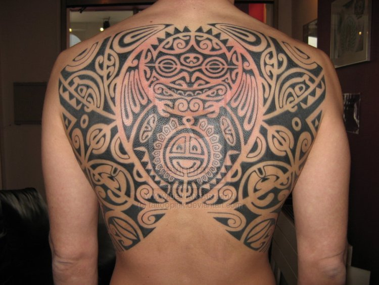 Innovative Hawaiian Tattoo Design On Back For Boys