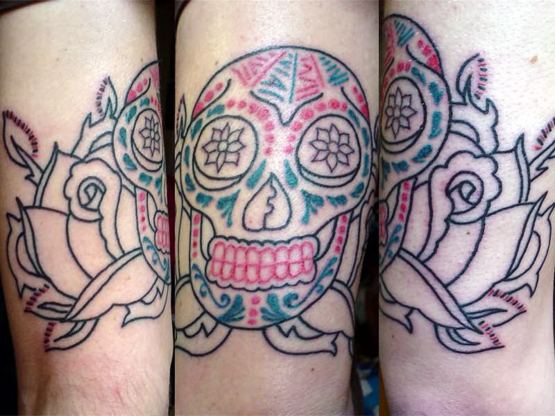 Lovely Dia De Los Muertos Outline Tattoo Designs For Girls