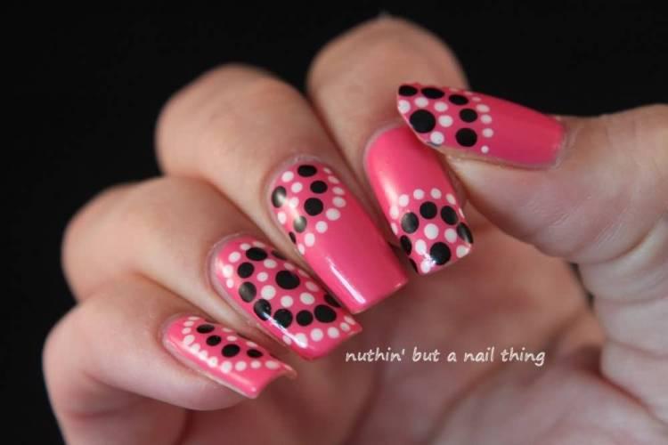 Most Fantastic Black And White Polka Dot Nail Art With Pink Color