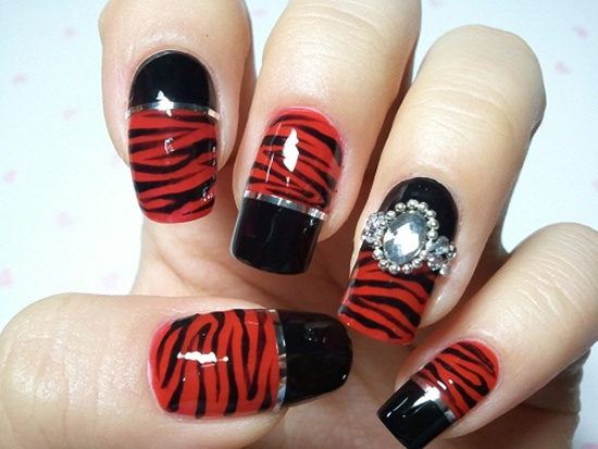 Most Fantastic Red And Black Nails With Tiger Print