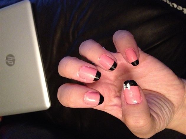 Most Phenomenal Black And Pink Nails With Black Tip