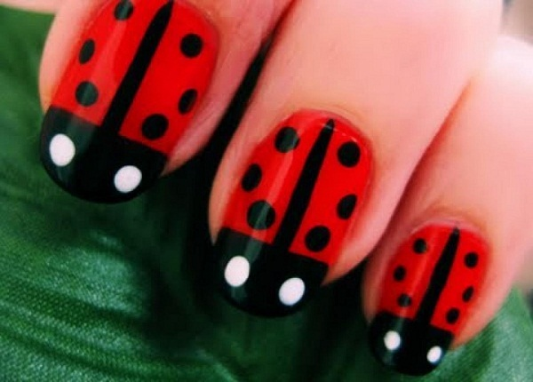 Most Unique Red And Black Nails With Black Tip