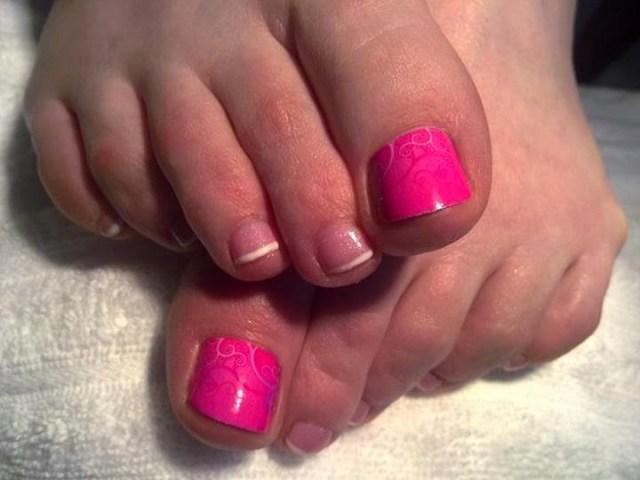 Natural Pink Nail With Sparkling Color Pink Acrylic Nail Art Design