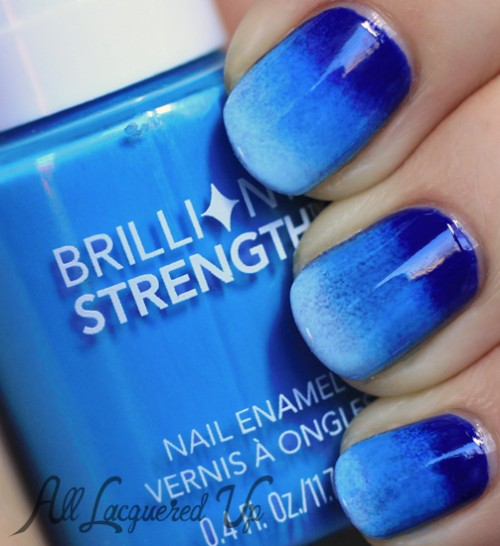Phenomenal Blue Nail Art With Different Shading