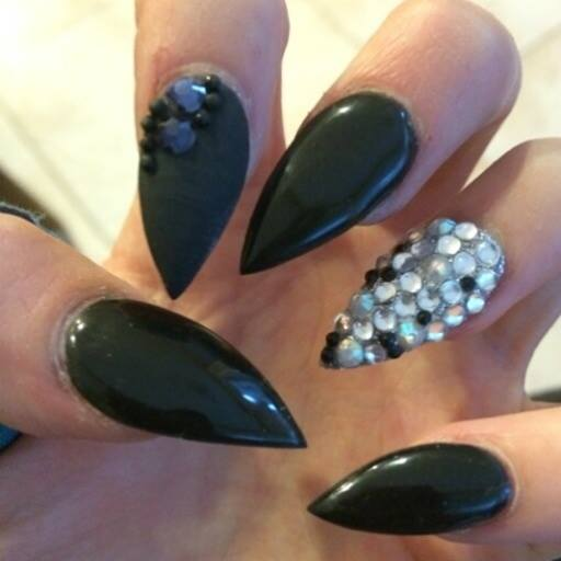 Phenomenal Stiletto Nails With Crystal Design