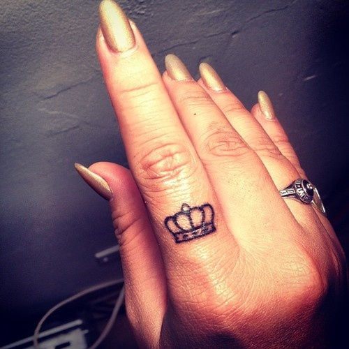 Sensation Tiny Crown Tattoo On Finger For Girls