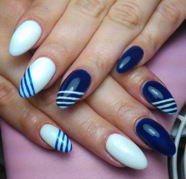 Simple Blue Nail Art With White Paint