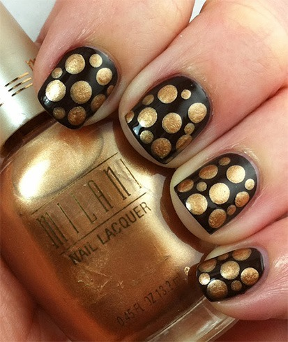 Stunning Black Nail Art With Dotted Design