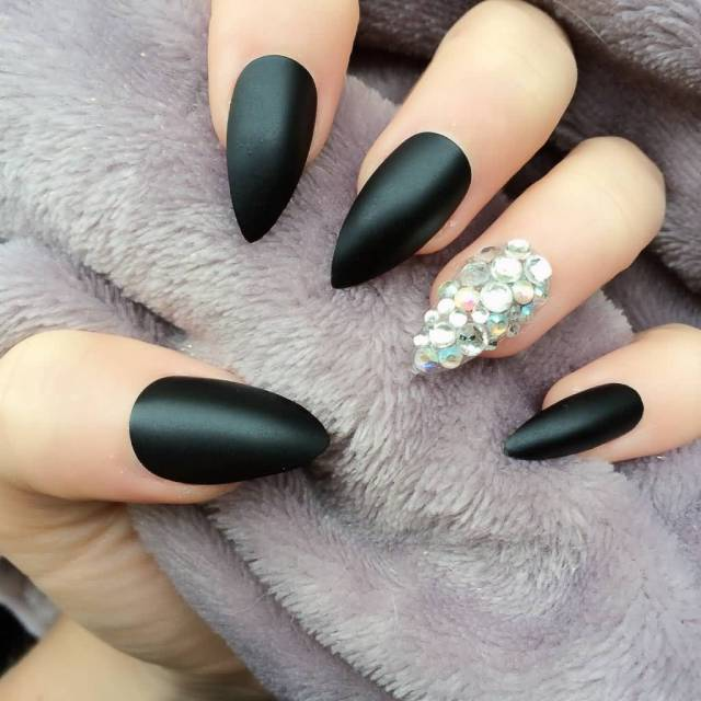 Tremendous Stiletto Nails With Crystal
