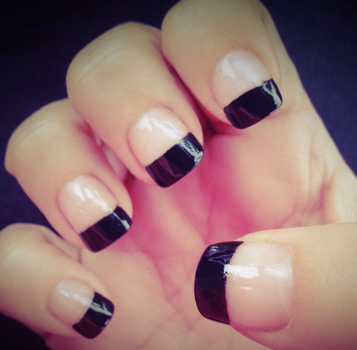 Tremendous White And Black Nail Art On Tips