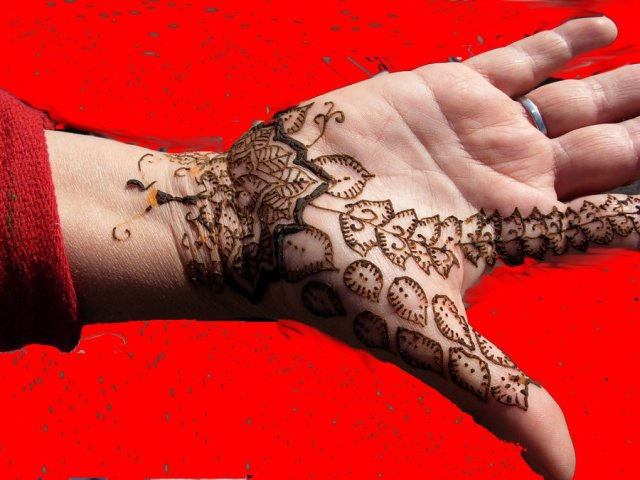 Trendy Hand With Henna Tattoo Design For Girls