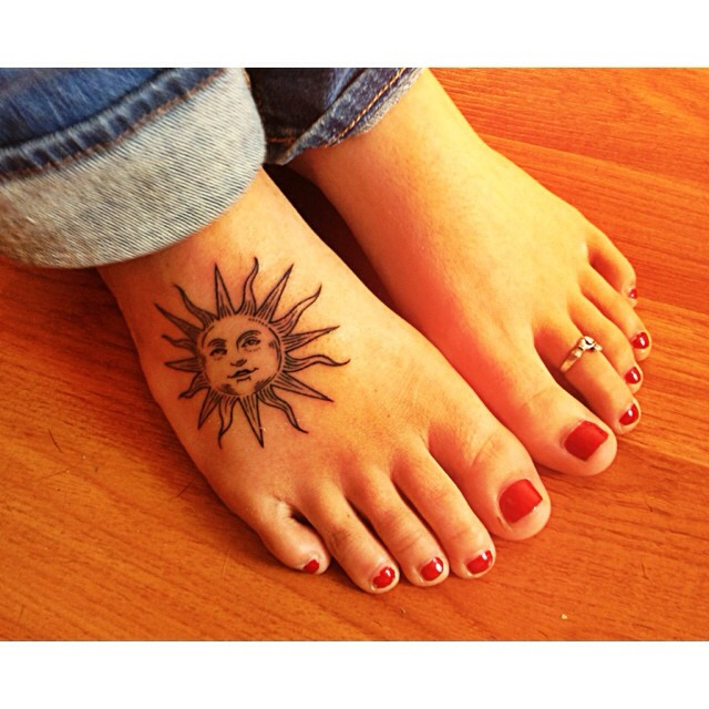 Trendy Sun Foot Tattoo Design For Women