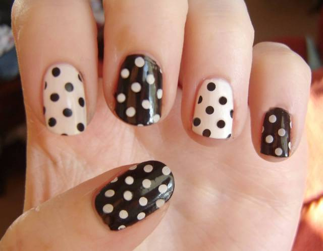 Unique Black And White Polka Dot Nail Art With Different Design