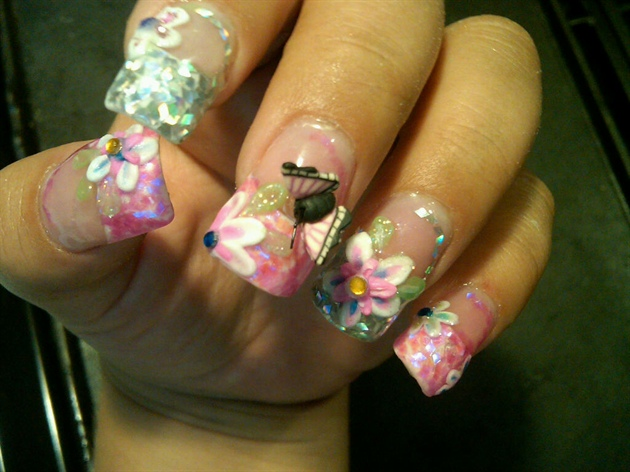 Wonderful 3D Butterflies Nail Art With Flower