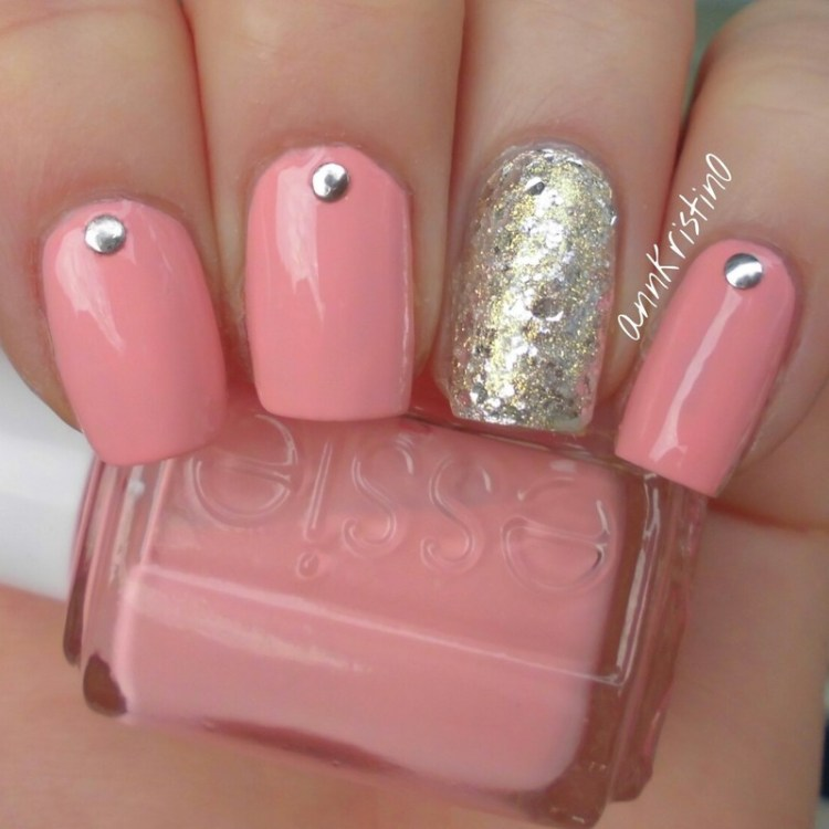 Wonderful Baby Pink And Silver Color Design Accent Nail Design