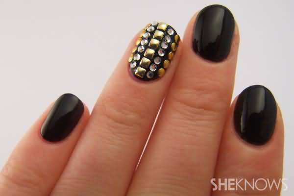 Wonderful Full Black Nail Paint With Rhinestones Accent Nail Art