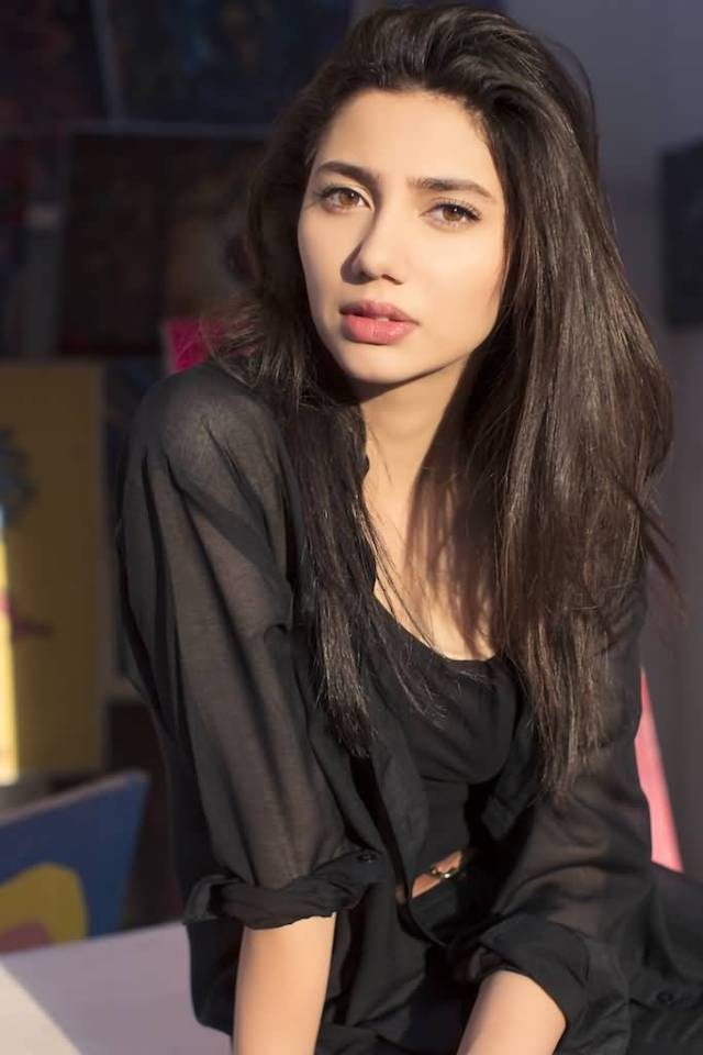 sweet mahira khan in black suit