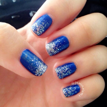 Awesome Blue And Silver Nails With Silver Tip