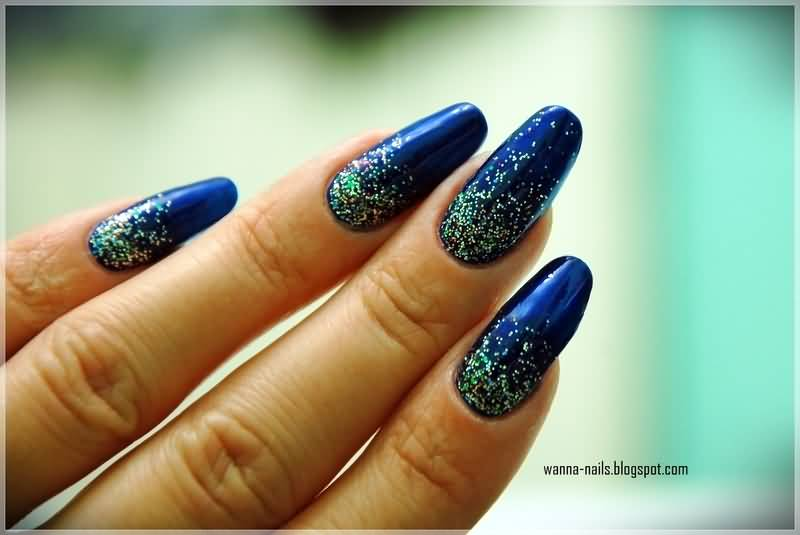 Fabulous Blue And Silver Nails With Dotted Design