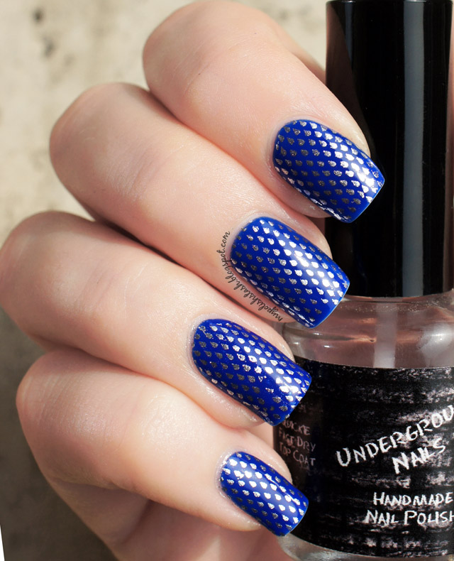 Glossy Blue Nails