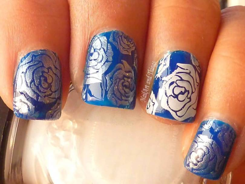 Perfect Blue Nails With Rose