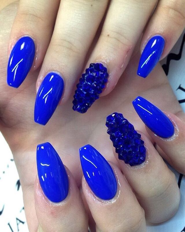 Phenomenal Blue Nails With Crystal design