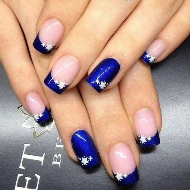 Tremendous Blue Nails With Stars Design