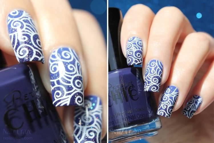 Unique Blue Nails With Round Design