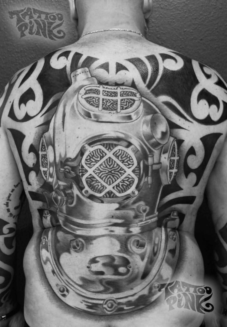 Awesome Diving Helmet Tattoo For BAck side