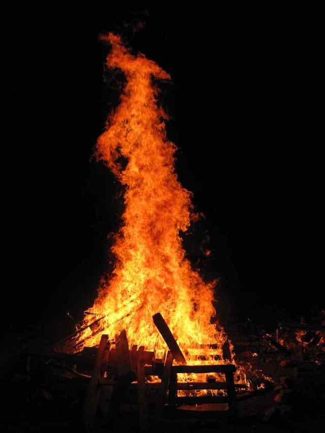 Lag BaOmer Amazing Bonfire Celebrations Image