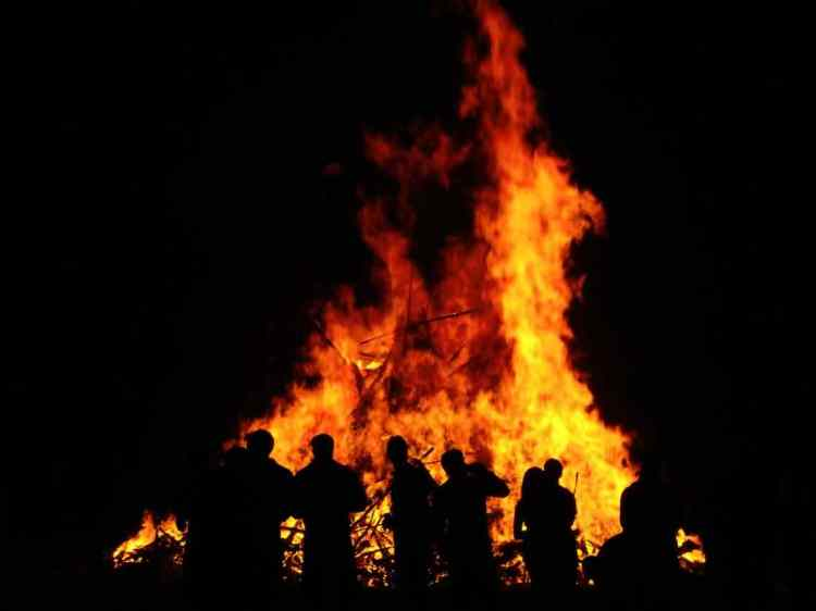 Lag BaOmer Celebrations Bonfire 2017