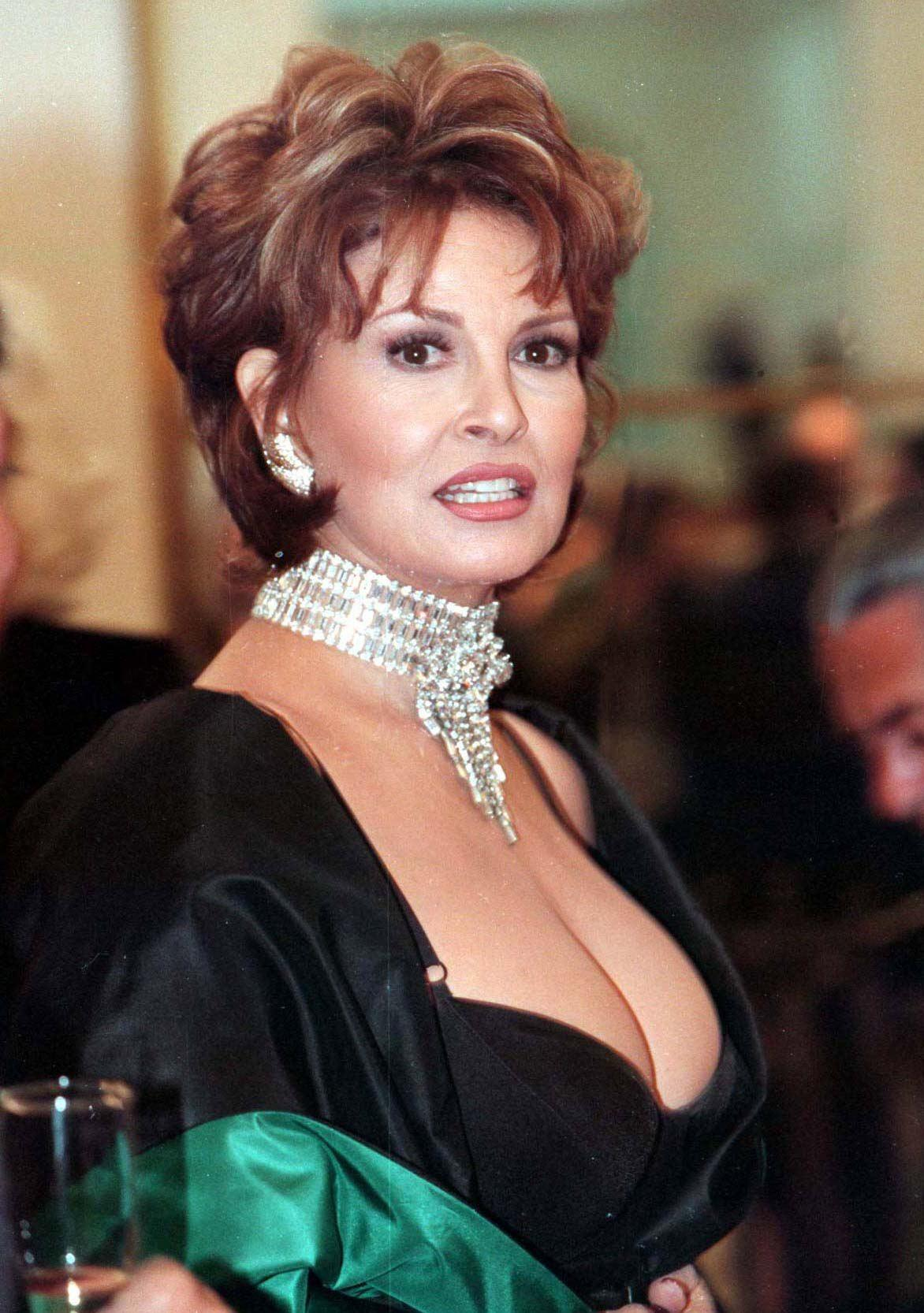 Pictures Of Raquel Welch, Picture #347172  Pictures Of