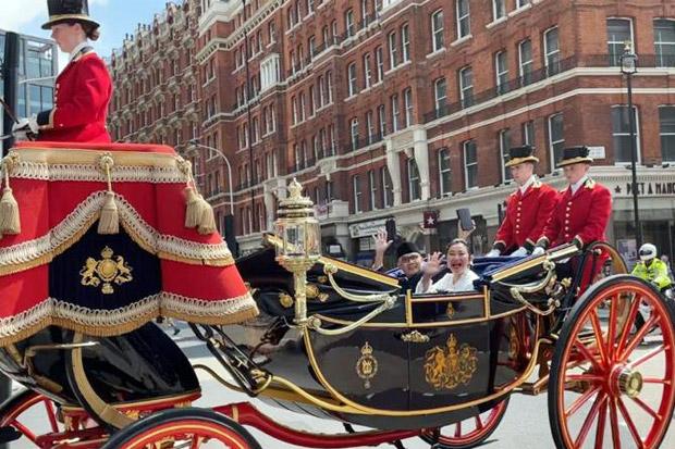 Dubes Indonesia untuk Inggris Serahkan Surat Kepercayaan kepada Ratu  Elizabeth II