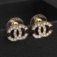 00V CLASSIC CHANEL SILVER CRYSTAL CC STUD EARRINGS NEW! | eBay