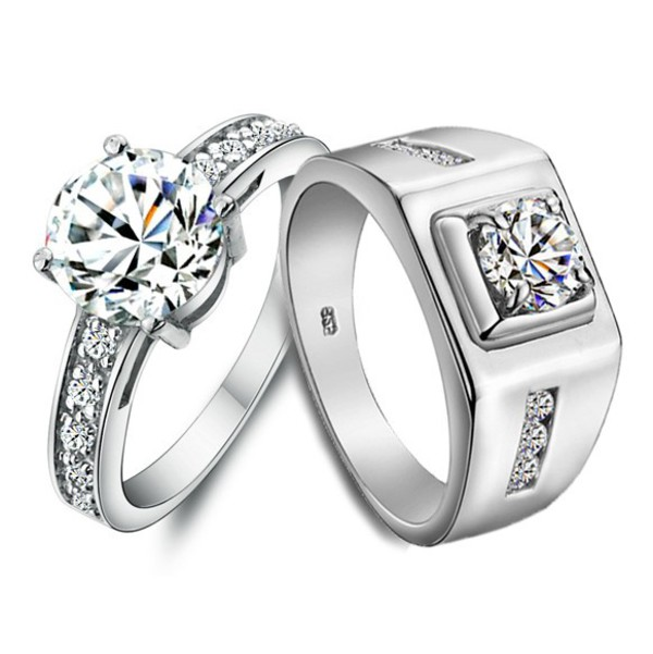 Name Engraved 2 Carat Diamond Gold Engagement Rings For