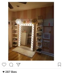 Home accessory: selfie mirror, floor length, floor mirror