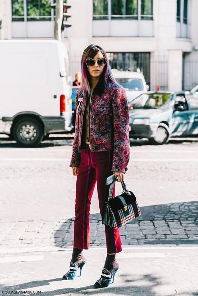pants fashion week street style fashion week 2016 fashion week paris fashion week 2016 pink pants cropped pants socks and sandals socks mules jacket printed jacket sunglasses streetstyle tumblr bag printed bag