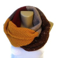 Scarf: gift guide 2014, dr who scarf, chunky, infinity ...