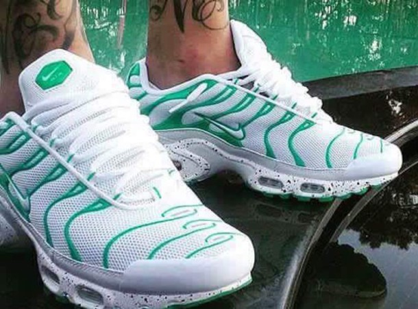Shoes nike tn green white  Wheretoget