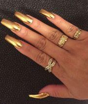 nail polish gold nails