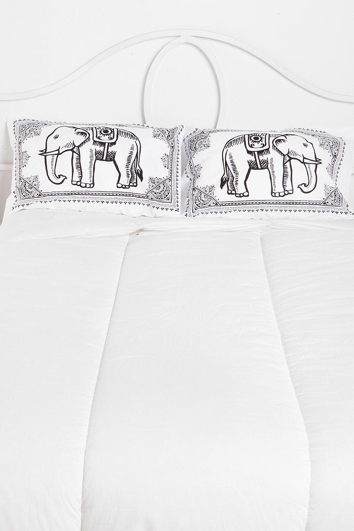 eastern elephant pillowcase set of 2 urban outfitters