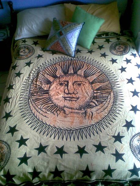 dress, moon, bedding, love, sun, moon and sun, kissing