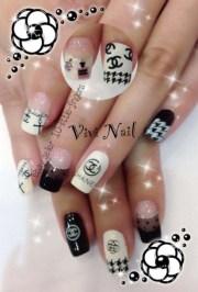 nail polish houndstooth french