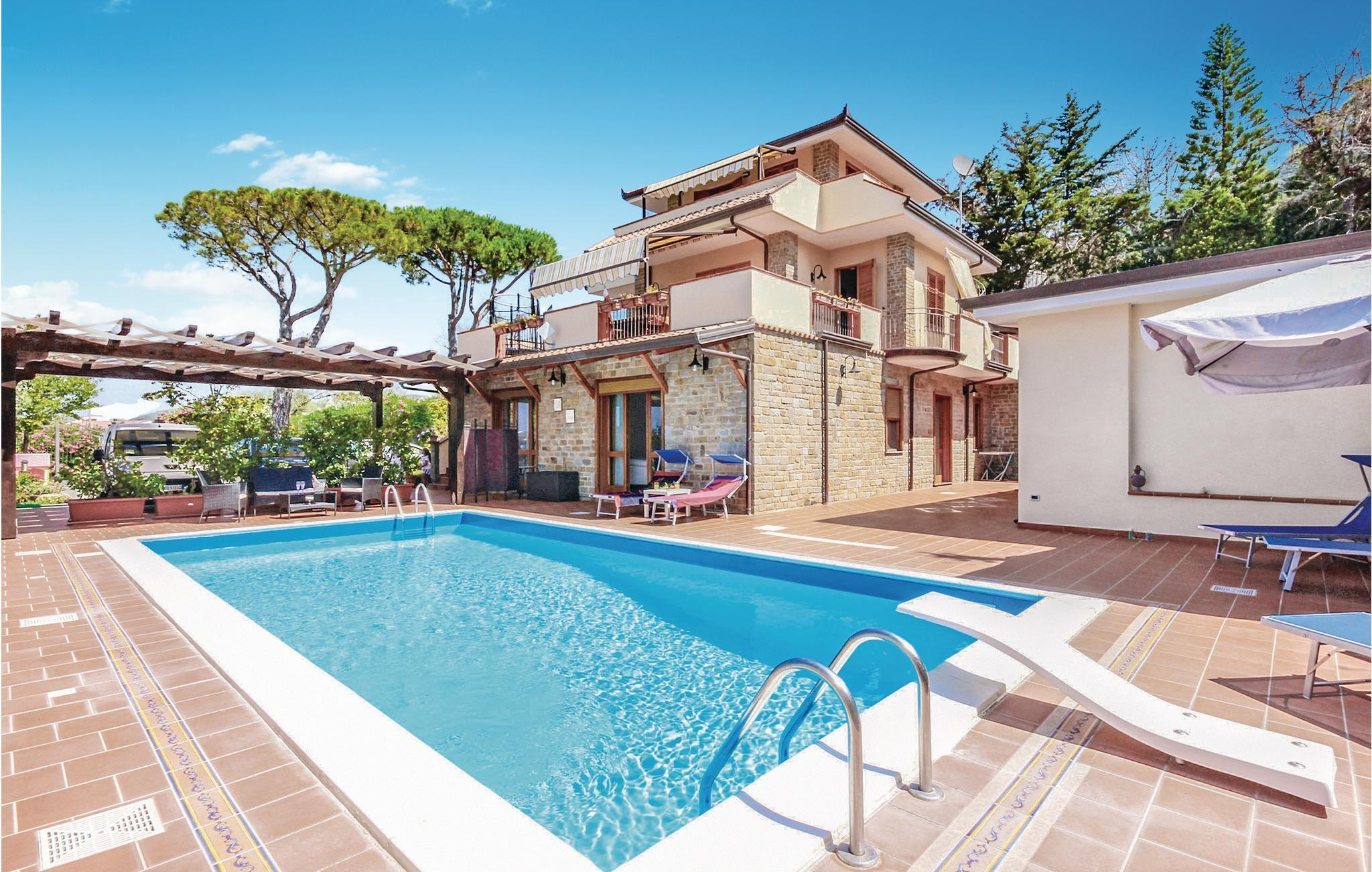 Pool Im Haus Holiday Home/apartment - 8 Persons - Via S. Andrea Snc - S. Maria Di Castellabate - 84048 - Castellabate -sa- - 140-ikc457 - Feline Holidays